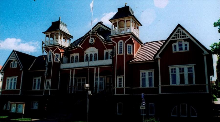 Folkest Hus och Parker (FHP), Sweden