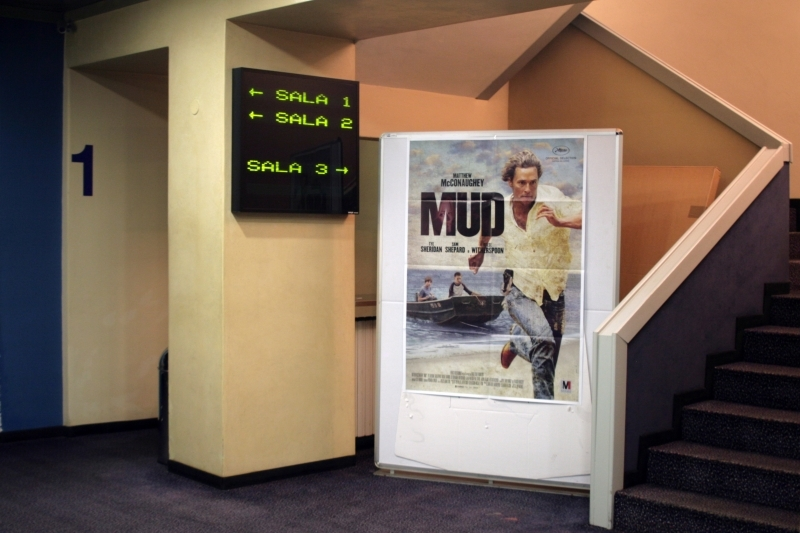 Entrée du cinéma - atrium
