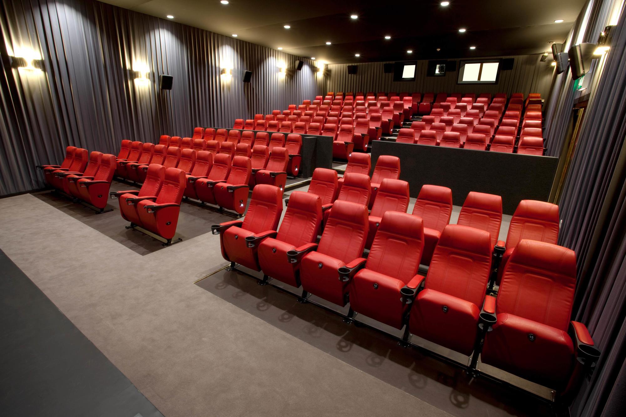Cinema 2/3